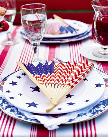 American flag fan – perfect for an outside party - Let Freedom Ring - Fab 4th of July Decor ideas.